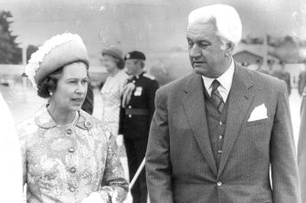 The Queen with then governor-general Sir John Kerr in 1977.