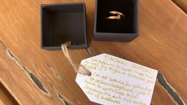 The ring that someone left on a Sydney beach in a random act of kindness.