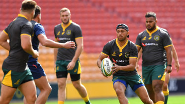Main man: Christian Lealiifano is Andrew Slack's pick to direct play in Japan.