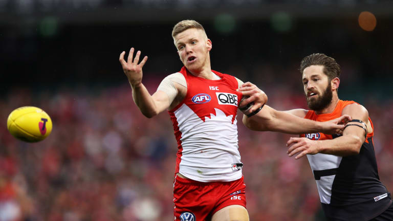 Dan Hannebery in action in Saturday's loss.
