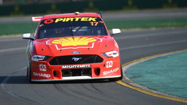 Scott McLaughlin takes to Albert Park.