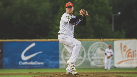 Cavalry pitcher Steve Kent's ABL season delivers Japan tryout and baby