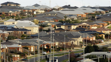 Malcolm Gunning said living on the fringe of Australia's big cities was affordable.