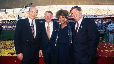 Tina Turner with John Quayle, Ken Arthurson and Roger Davies before the 1993 grand final.