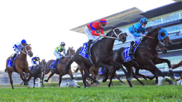 Verry Elleegant's close second to Mo'unga in the Winx Stakes was a great pointer to the George Main Stakes.
