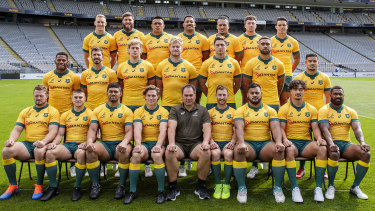 The Wallabies, without No.8 Harry Willson, pose for a photo at Eden Park ahead of Sunday's second Bledisloe Test.