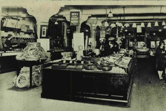 Woolworth's Bargain Basement, Imperial Arcade, December, 1924.