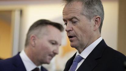 Senate veto threatens Labor's $30 billion super changes
