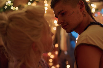 Eliza Scanlen and Toby Wallace in Babyteeth.