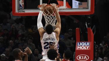 Ben Simmons dunks against the Bulls.