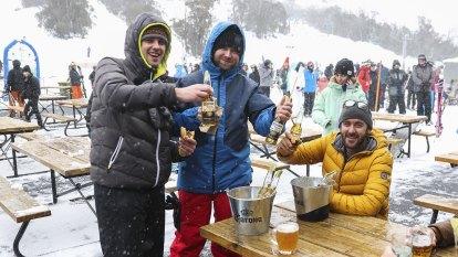 Cold snap brings massive snow dumps as ski season opens