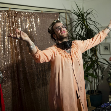 Jonny Hawkins aka 'Aunty Jonny' of the Dollar Bin Darlings is a full-time performer, but with work in the foreseeable future cancelled due to coronavirus, the musician is bringing his parties online.