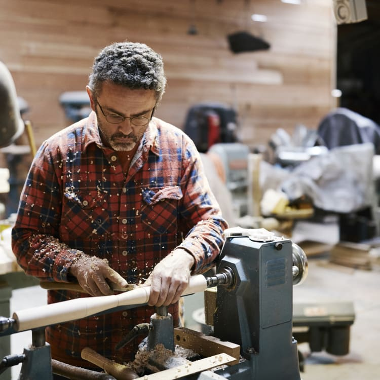 Glen Rundell sold a motorbike to fly to the US to study with master craftsman Curtis Buchanan, a chair-maker in Tennessee.