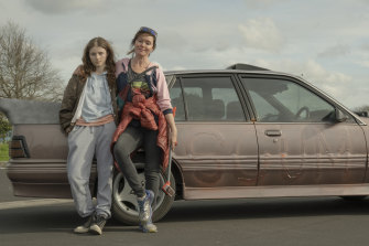 Essie Davis (right) and Thomasin McKenzie in Gaysorn Thavat's The Justice Of Bunny King.
