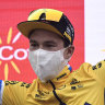 Roglic resists Carapaz attack to hang on to Vuelta lead, poised to retain title