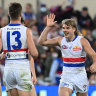 As it happened: Bulldogs win epic semi-final by one point, sending Lions out in straight sets