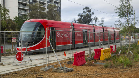 Canberra Now: Light rail tests on track; Gundaroo Dr delays explained