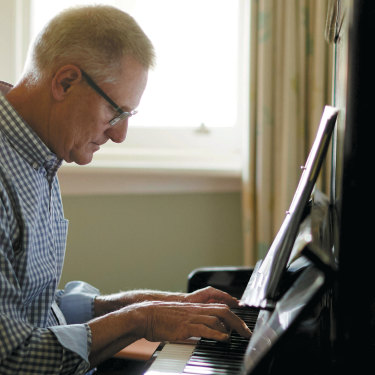 The author, a self-proclaimed Don Quixote of the keyboard, pursues his musical quest at home.