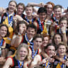 Oakleigh's charge falls short as Stingrays claim flag