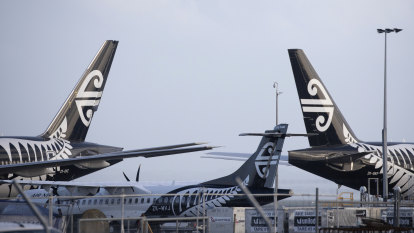 Kiwis stranded as Air New Zealand cancels flights from Australia