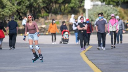 Melbourne set for dose of freedom as Ballarat slides back into lockdown