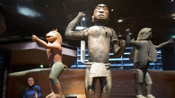 France to return looted artefacts to Benin