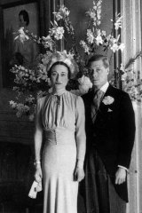 Wallis and Edward after their wedding at the Chateau de Cande.