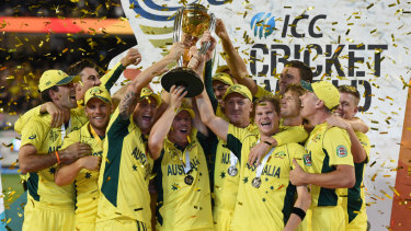 The 2015 Australian team celebrate their World Cup win.