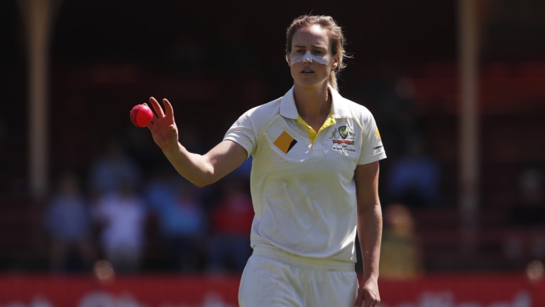 Ellyse Perry wants more women's Test cricket to be played.