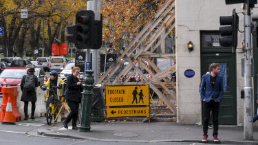 The Old Corner Shop was built in 1850 on the corner of King and La Trobe streets, opposite Flagstaff Gardens.