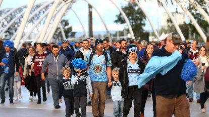 Twenty thousand pints and a record crowd: Origin's twin triumph in AFL-mad WA