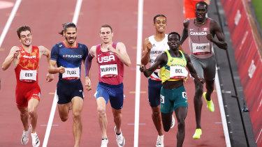 Peter Bol wins the men's 800m semi-final.