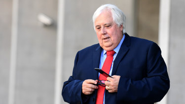 Liquidators are trying to claw back $200 million in claims owed by Clive Palmer over the collapse of Queensland Nickel.