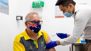 Prime Minister Scott Morrison receiving the COVID-19 vaccine.