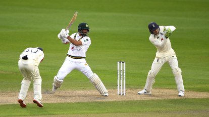 Silverwood frustrated by two-faced England as Pakistan get away