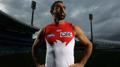'A hard pill to swallow': Boos, hisses and a standing ovation at premiere of Goodes film