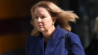 Linda Elkins leaving the banking services royal commission.