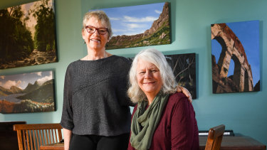 Senator Janet Rice and Dr Penny Whetton in 2017.