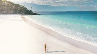 Sail the pristine waters of Jervis Bay.