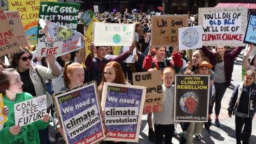 Primary school children protesting climate change in Perth.