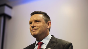 "Leading ""No"" campaigner Lyle Shelton said the review's findings were ""naive""."