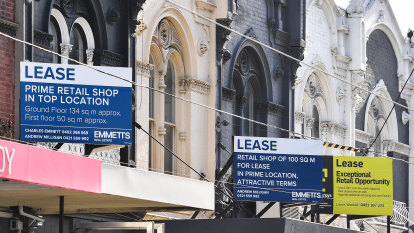 Chapel Street, Lygon Street fighting to stay alive as COVID-19 hits battling city strips