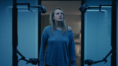 Cecilia Kass (Elisabeth Moss) discovers the futuristic technology that makes her former partner invisible in The Invisible Man.