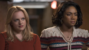 Elisabeth Moss and Tiffany Haddish in The Kitchen.