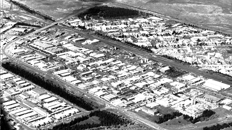 An aerial shot of a growing Fyshwick in 1974.