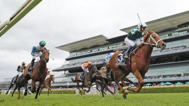 Hungry Heart wins the Australian Oaks.