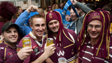 Expectant Queensland fans at the Caxton Hotel in Brisbane.