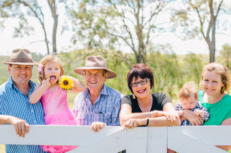 The late Peter Wehl (centre) and his wife Heather with (from left) son-in-law Ben Cottrell, granddaughter Madeline Cottrell, Alice Cottrell and grandson James Cottrell.