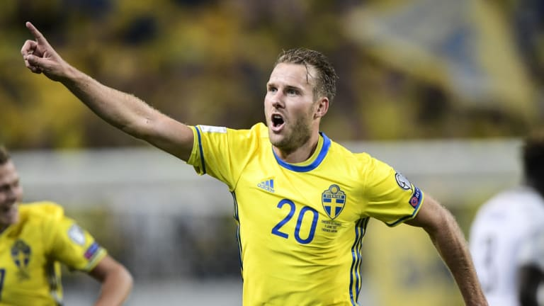 Vivtory's new signing, Ola Toivonen, will join the club in mid-September.