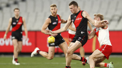 Four Points: No false dawn for Bombers; Magpies' promise; woeful Weagles